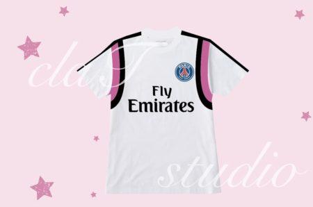 ピンクのサッカーユニフォームクラスtシャツ_fv