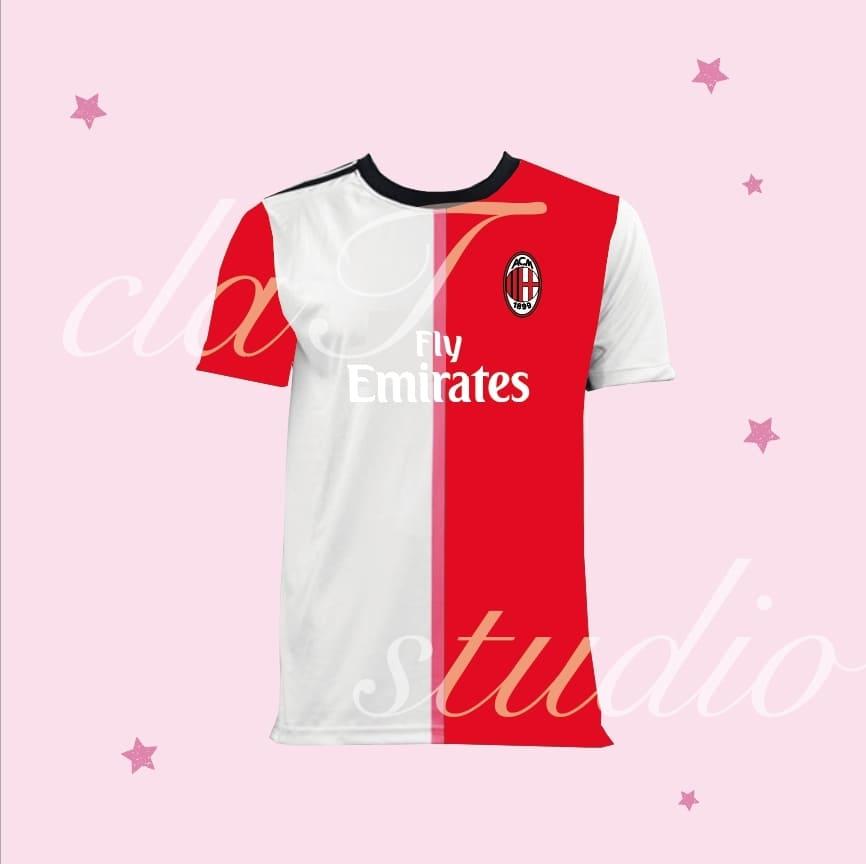赤のサッカーユニフォームクラスtシャツ_image_0001