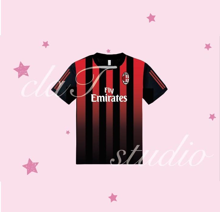赤のサッカーユニフォームクラスtシャツ_image_0002